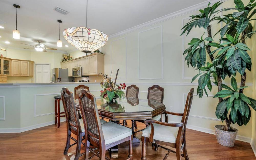 14677 Sutherland Ave - Home For Sale 1072436988