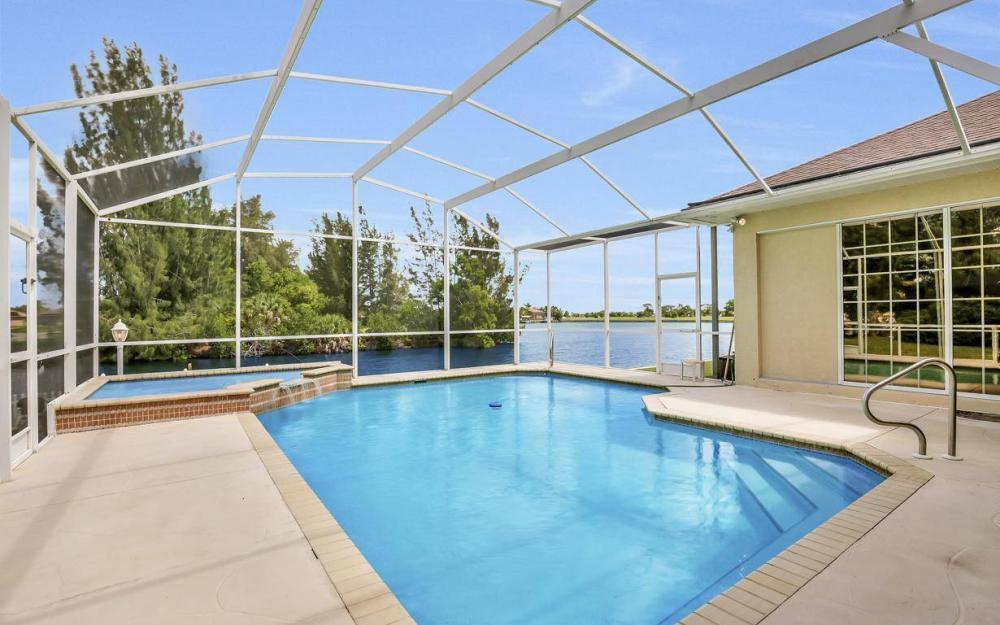 3239 Ceitus Pkwy, Cape Coral - Home For Sale 2128144878