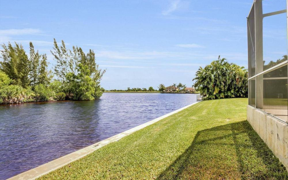 3239 Ceitus Pkwy, Cape Coral - Home For Sale 749605325