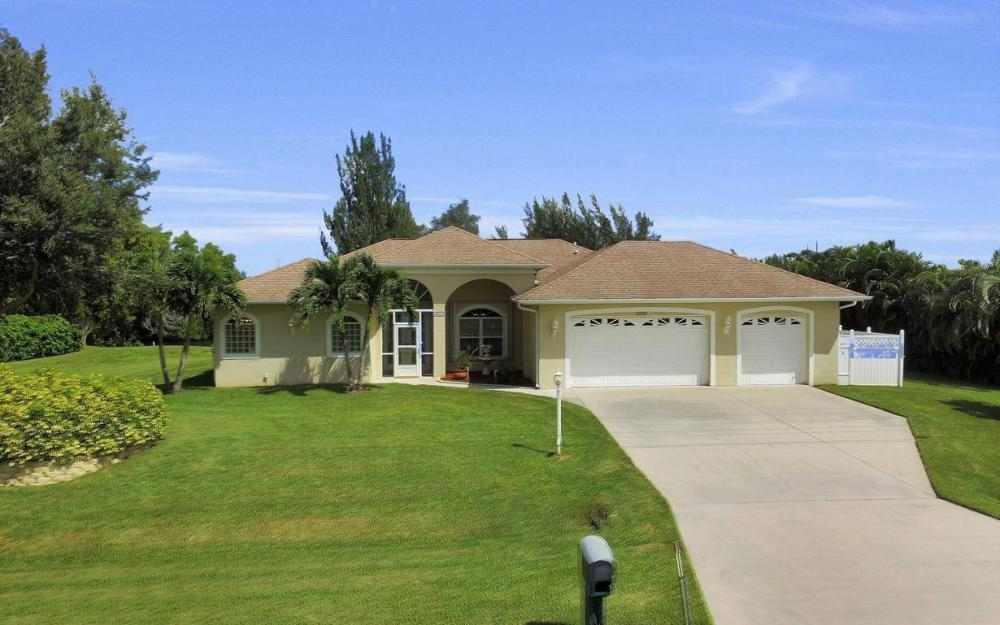 3239 Ceitus Pkwy, Cape Coral - Home For Sale 2072911833