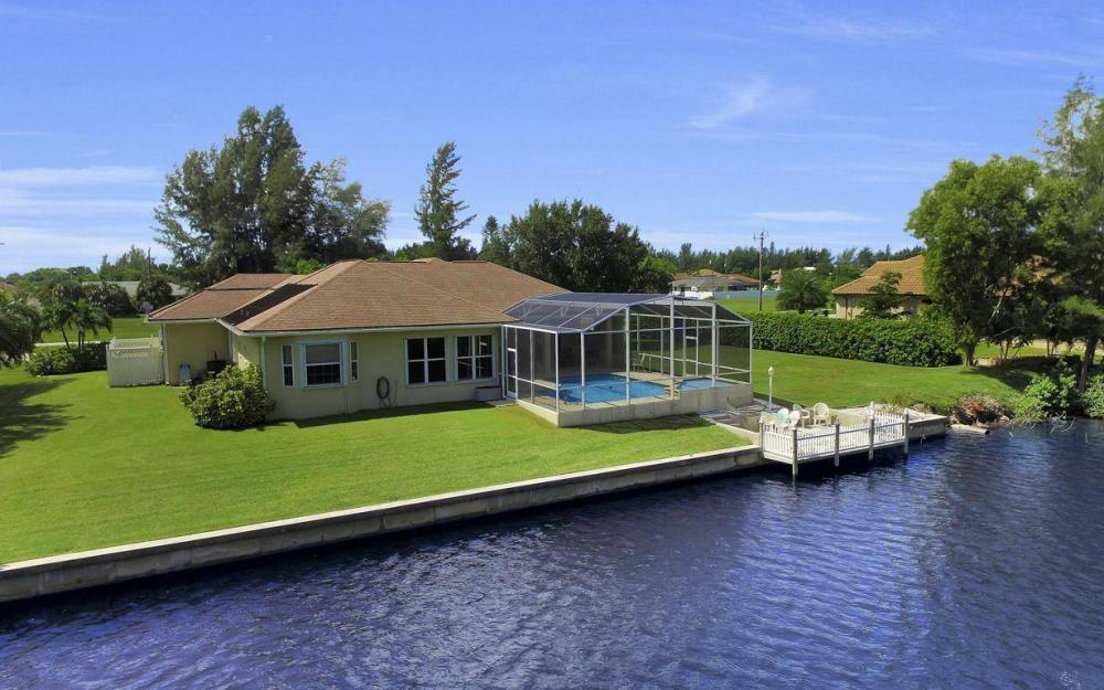 3239 Ceitus Pkwy, Cape Coral - Home For Sale 704475614