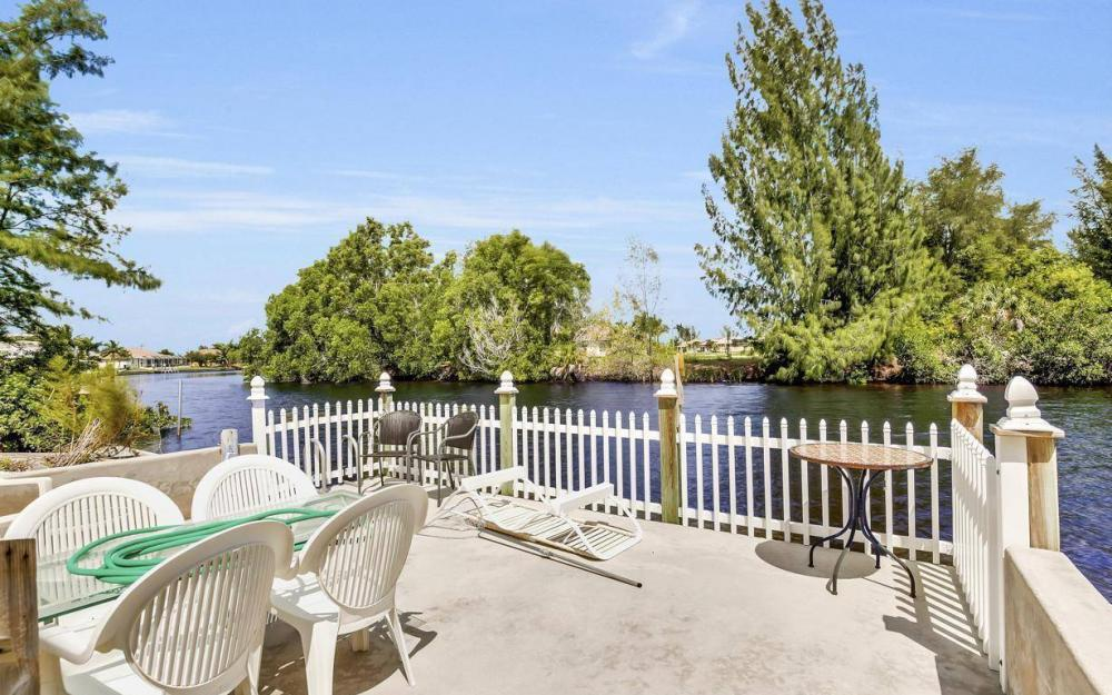 3239 Ceitus Pkwy, Cape Coral - Home For Sale 1836246689