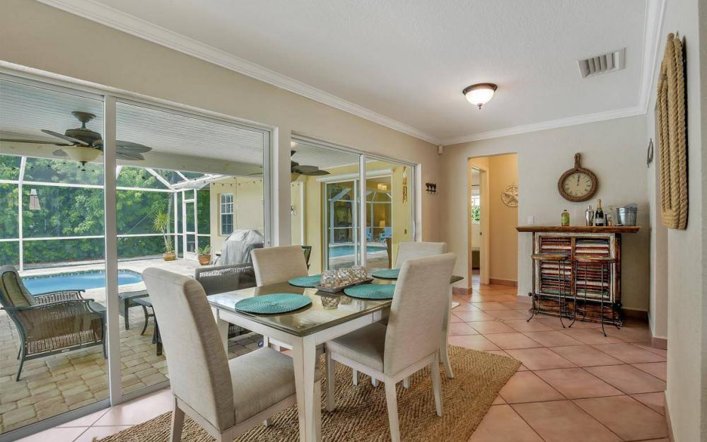 220 W Flamingo Cir, Marco Island - Home For Sale 961946723