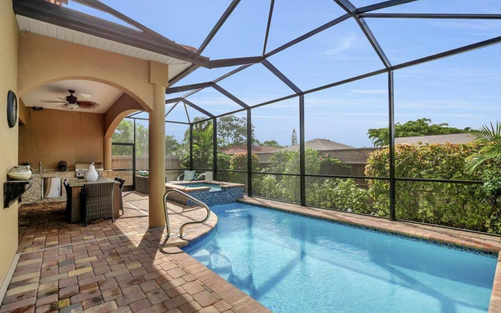 614 103rd Ave N, Naples - Home For Sale 2086971290