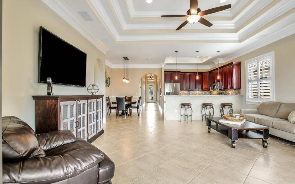 614 103rd Ave N, Naples - Home For Sale 1033875384