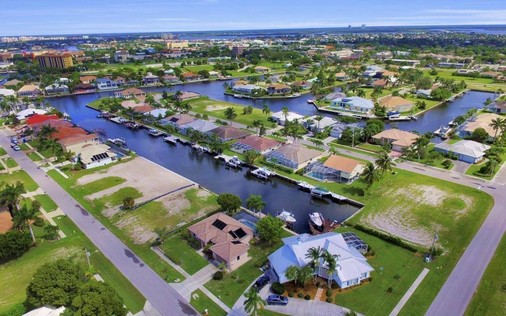 391 Marquesas Ct, Marco Island - Lot For Sale 205178205