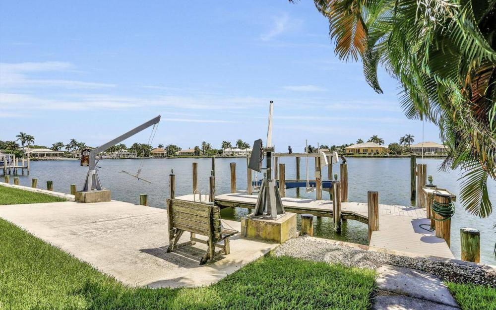 1721 Ludlow Rd, Marco Island - Home For Sale 778624865