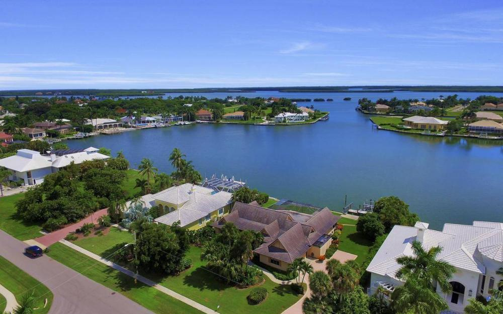 1721 Ludlow Rd, Marco Island - Home For Sale 2139292792