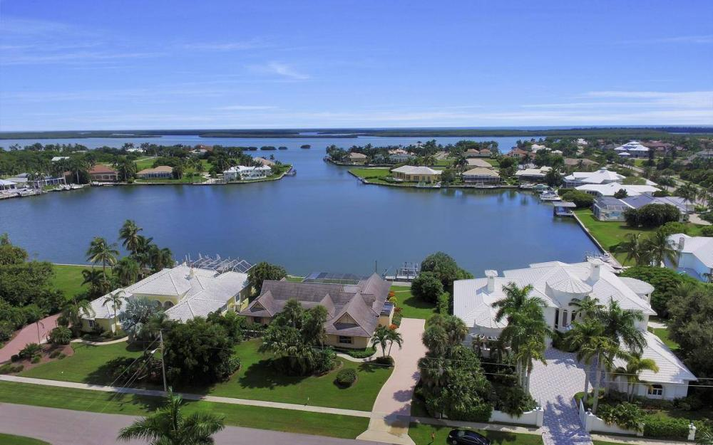 1721 Ludlow Rd, Marco Island - Home For Sale 554253124