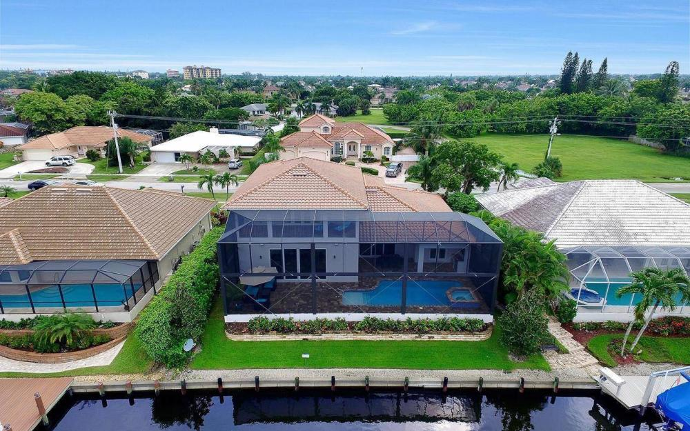 460 Century Dr, Marco Island - Home For Sale 182765019