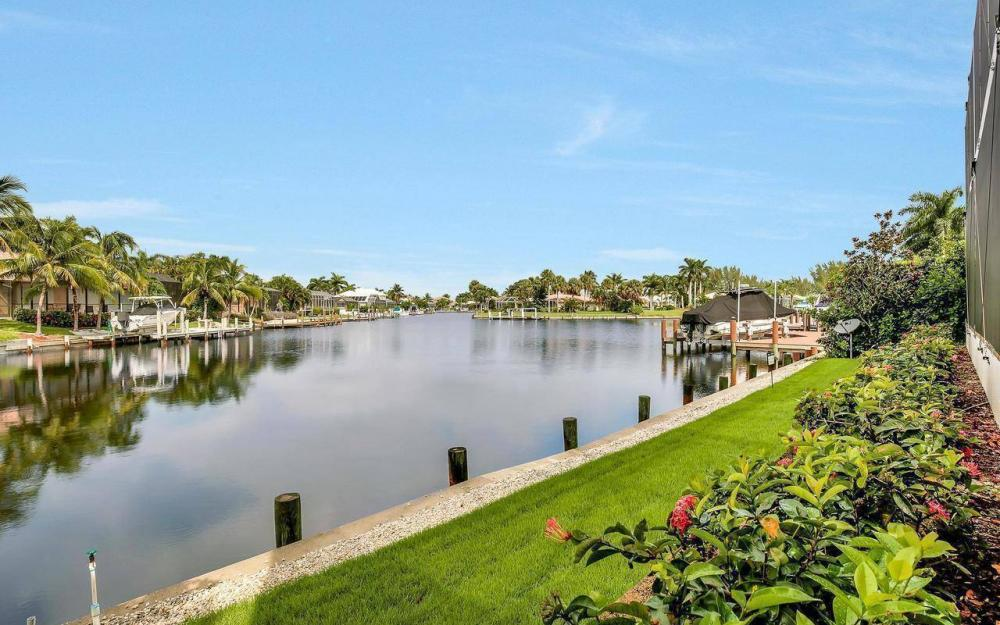 460 Century Dr, Marco Island - Home For Sale 896755210