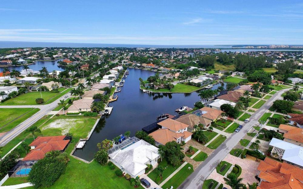460 Century Dr, Marco Island - Home For Sale 356849781