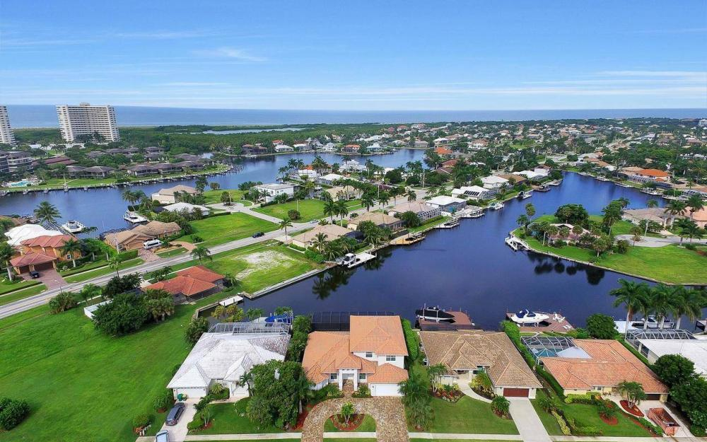 460 Century Dr, Marco Island - Home For Sale 1846890834