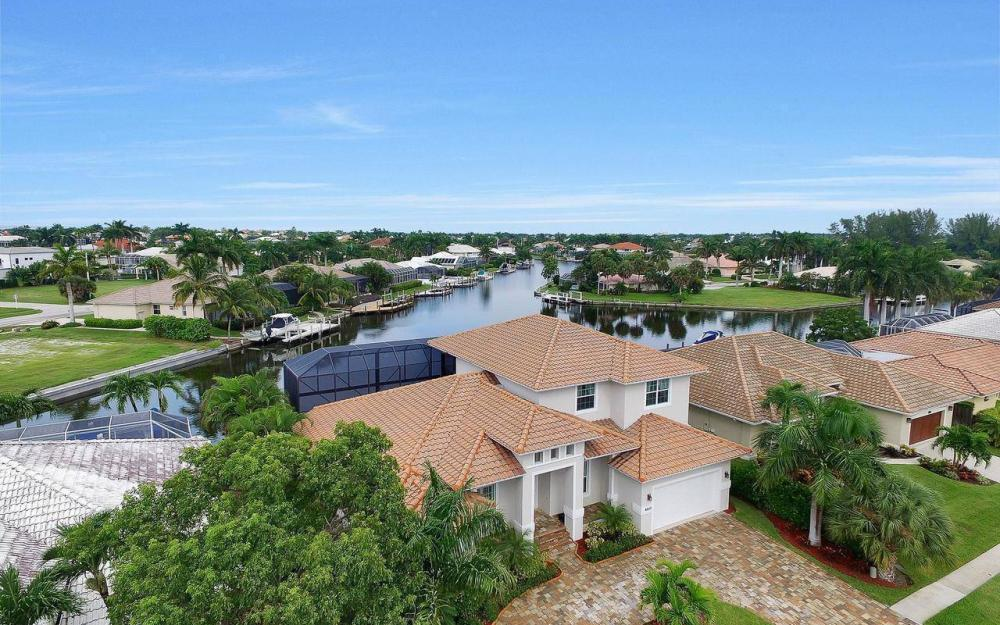 460 Century Dr, Marco Island - Home For Sale 480115514