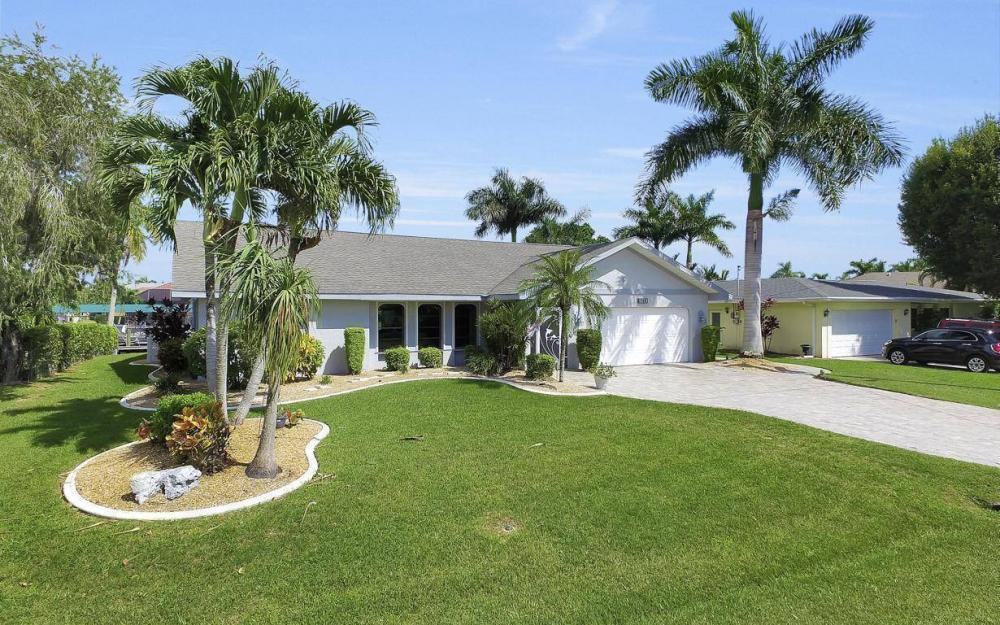 5213 SW 11th Ave, Cape Coral - Home For Sale 241503797