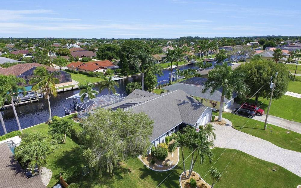 5213 SW 11th Ave, Cape Coral - Home For Sale 299672587
