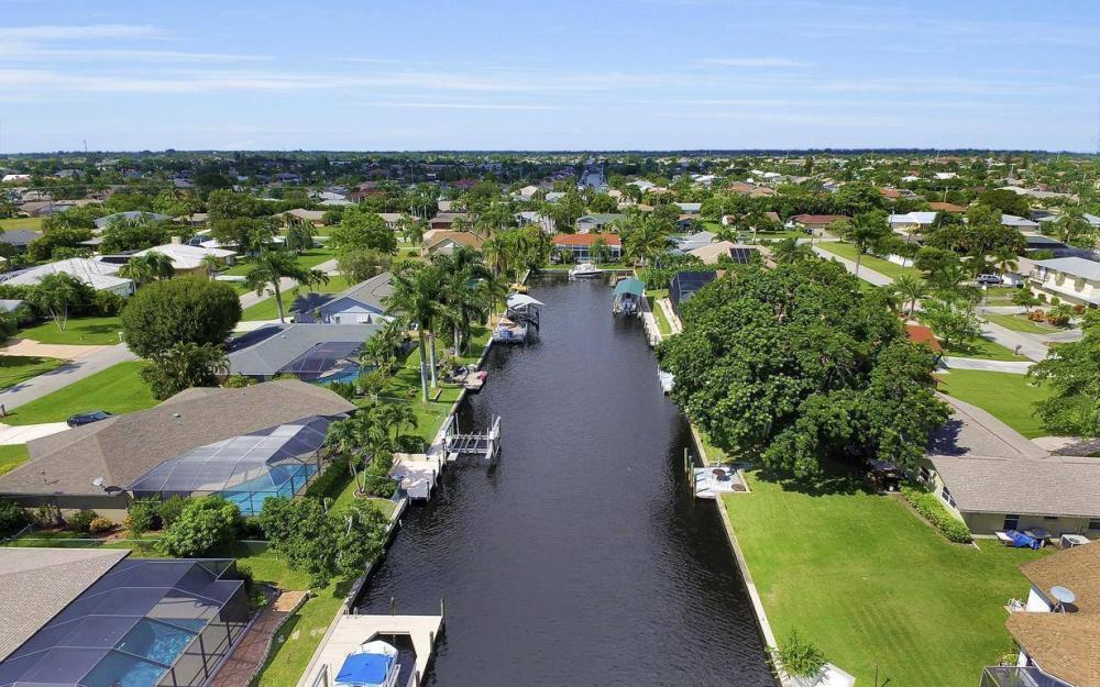 5213 SW 11th Ave, Cape Coral - Home For Sale 2112817447