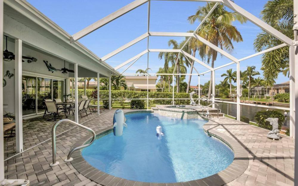 5213 SW 11th Ave, Cape Coral - Home For Sale 1962170036