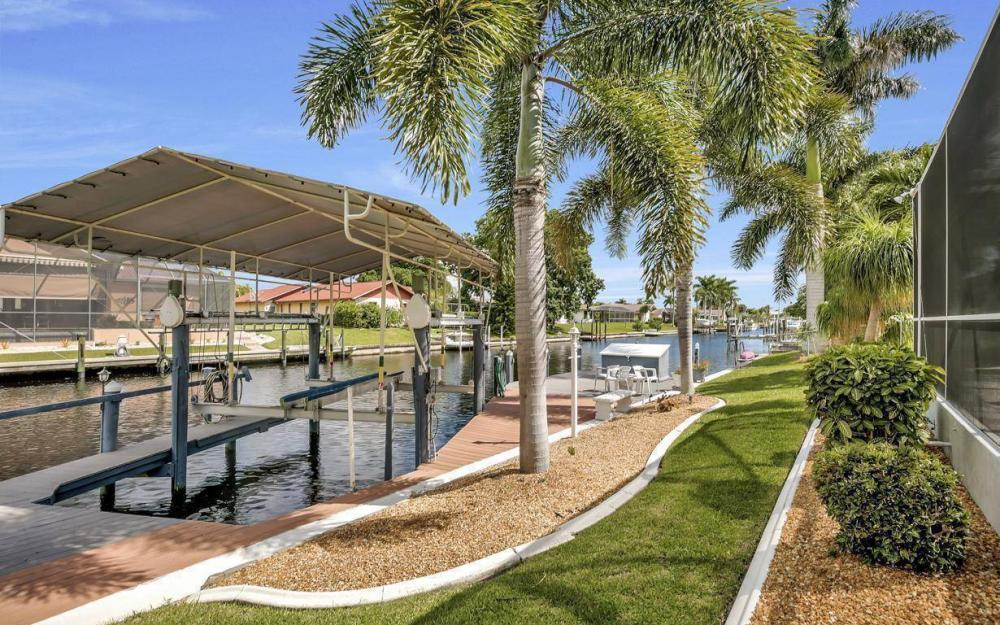 5213 SW 11th Ave, Cape Coral - Home For Sale 1762671663