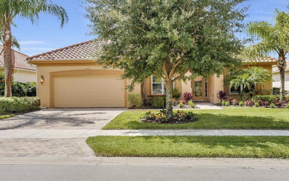 9689 Cobalt Cove, Naples - Home For Sale 972125078