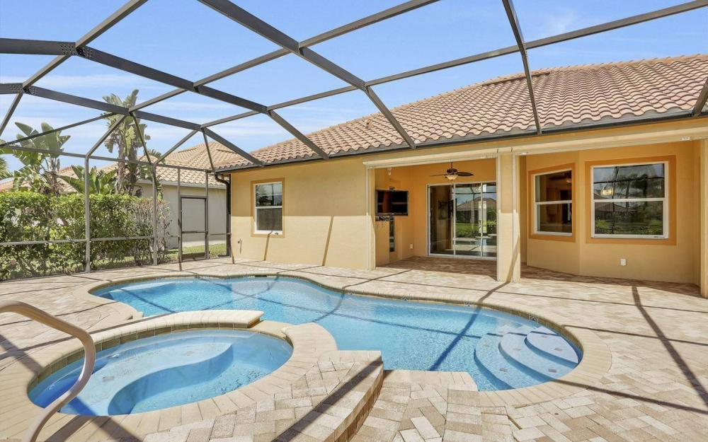 9689 Cobalt Cove, Naples - Home For Sale 938676065