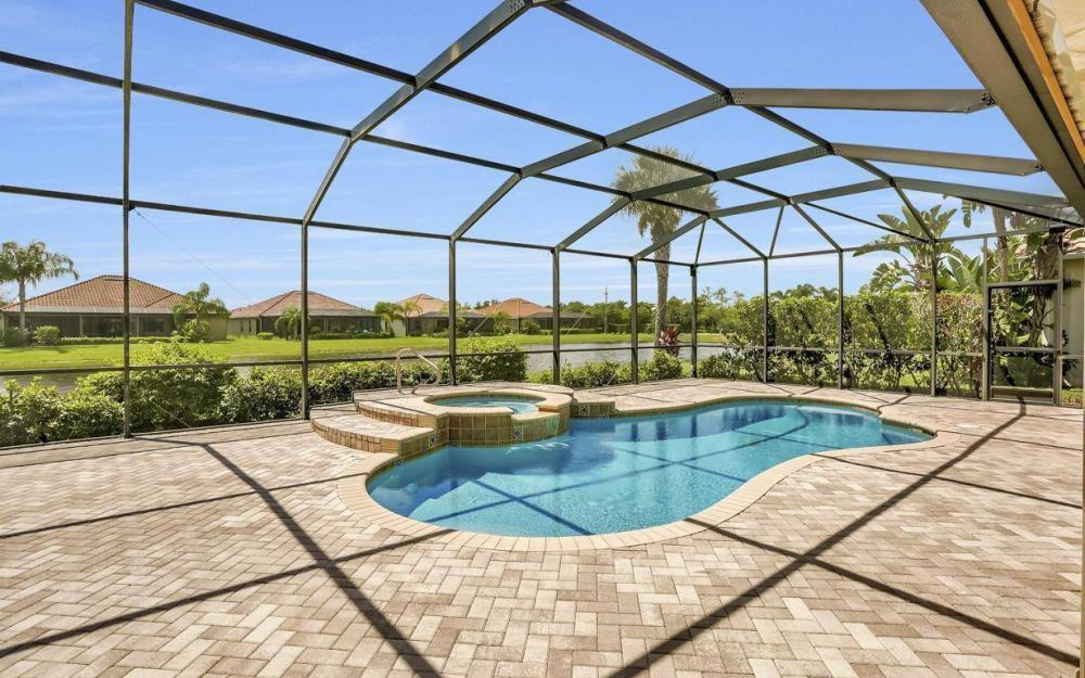 9689 Cobalt Cove, Naples - Home For Sale 2015637002