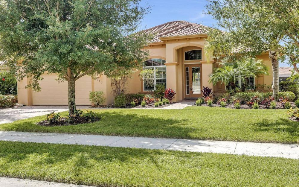 9689 Cobalt Cove, Naples - Home For Sale 222561097