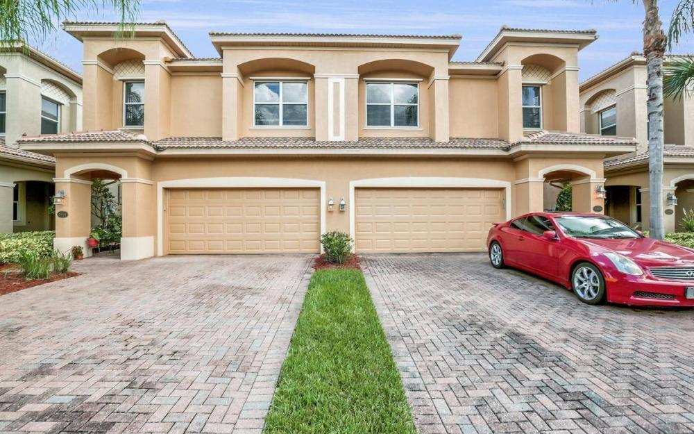 20084 Larino Loop, Estero - Home For Sale 547640234