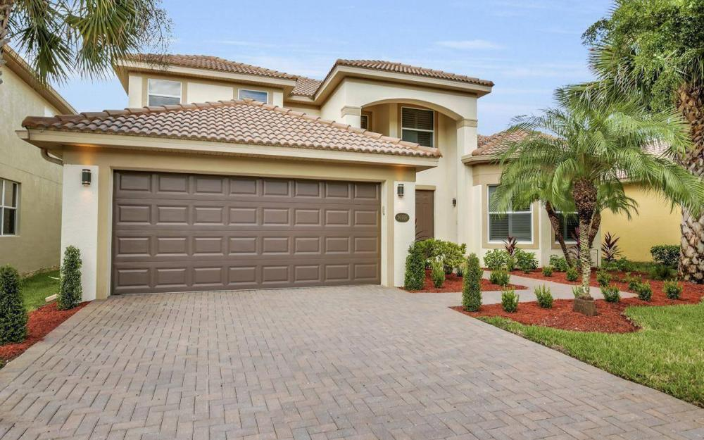 20558 Torre Del Lago St, Estero - Home For Sale 359419833
