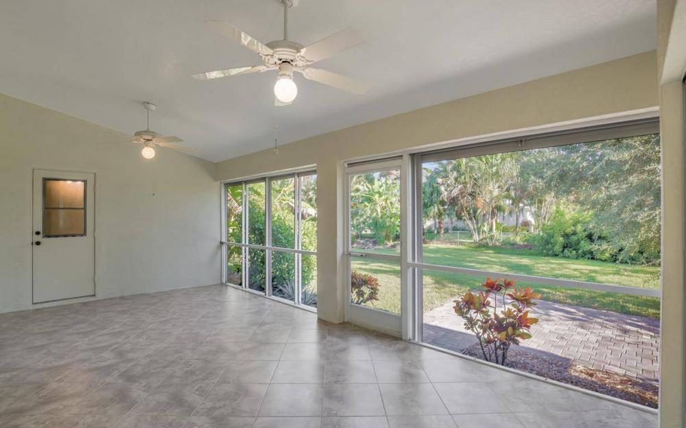 16568 Wellington Lakes Circle, Ft Myers - House For Sale 2092520479