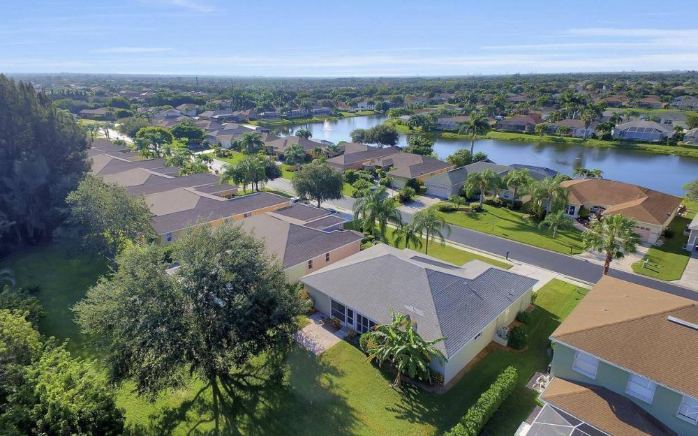 16568 Wellington Lakes Circle, Ft Myers - House For Sale 1172924799