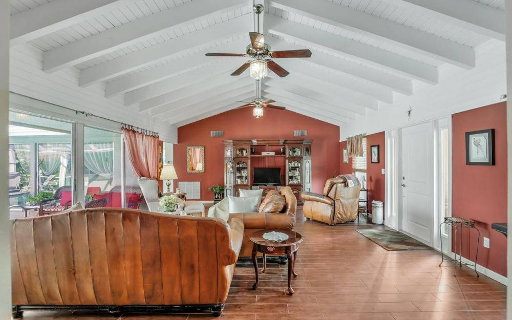875 Robin Ct, Marco Island - Home For Sale 924602983