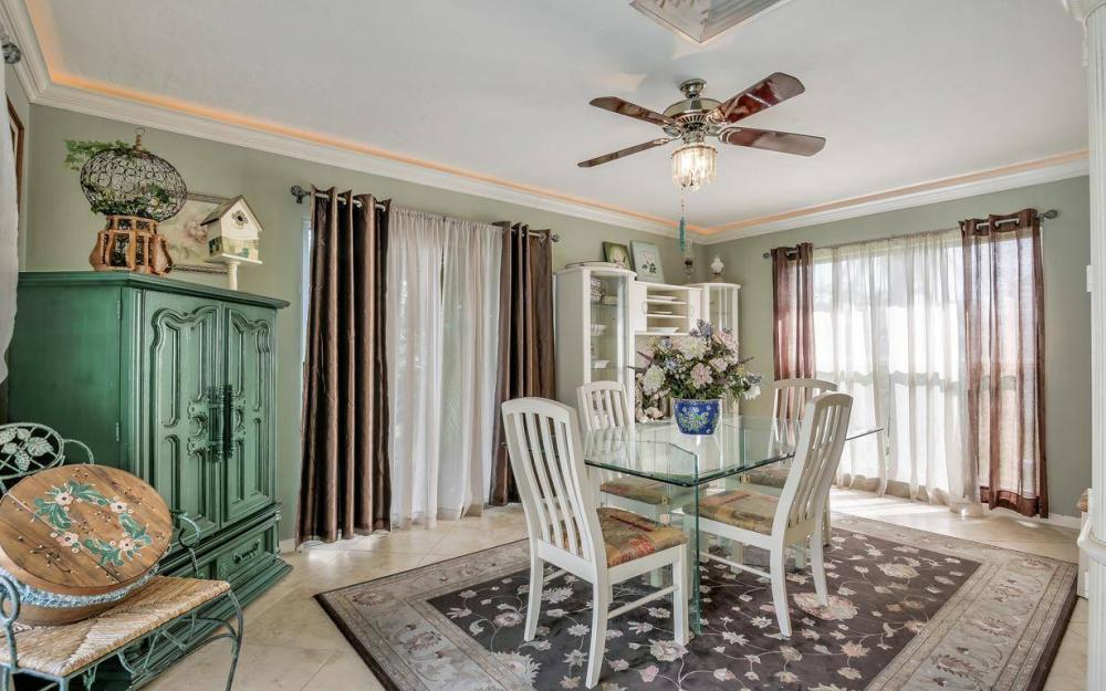 875 Robin Ct, Marco Island - Home For Sale 1229988457