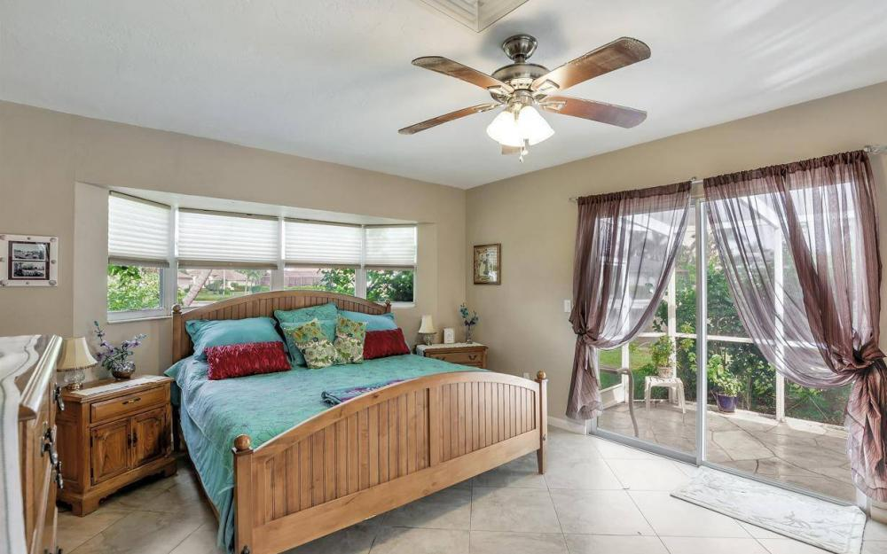 875 Robin Ct, Marco Island - Home For Sale 970771483