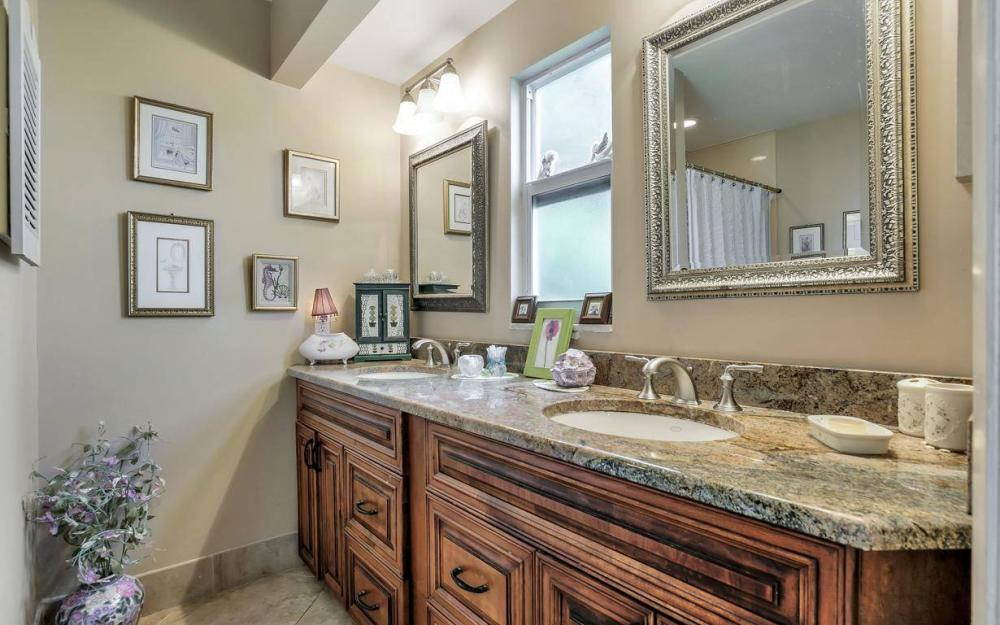 875 Robin Ct, Marco Island - Home For Sale 478080966