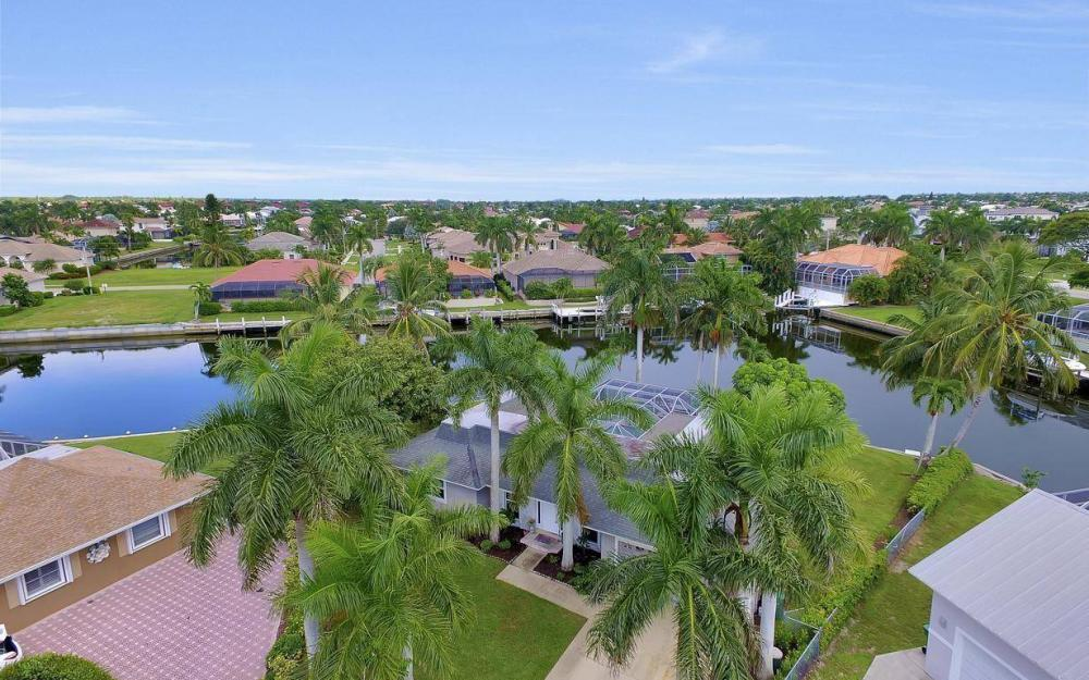 875 Robin Ct, Marco Island - Home For Sale 1599792934