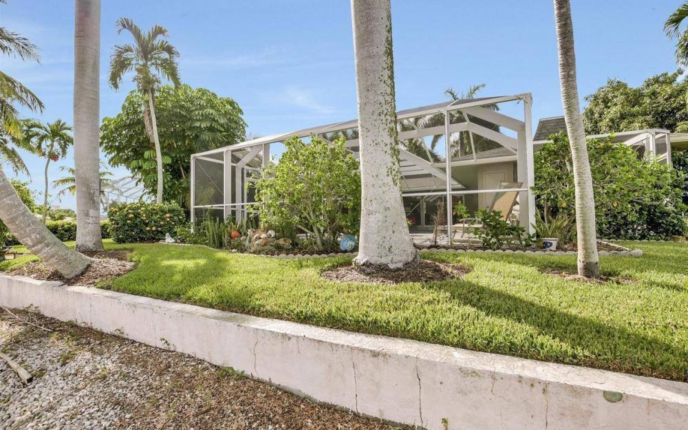 875 Robin Ct, Marco Island - Home For Sale 1102816488