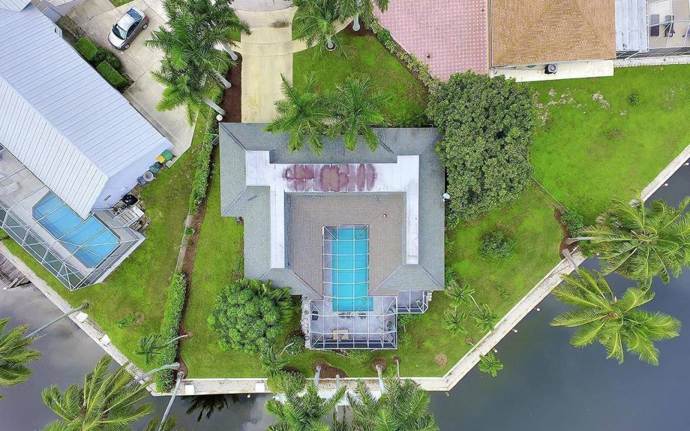 875 Robin Ct, Marco Island - Home For Sale 1230952074