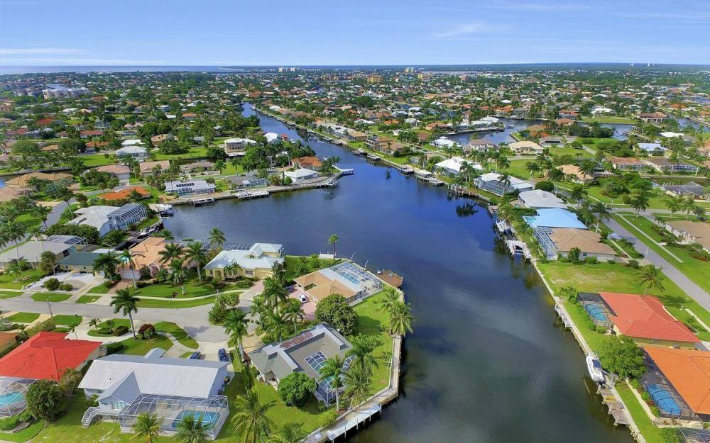 875 Robin Ct, Marco Island - Home For Sale 535225949