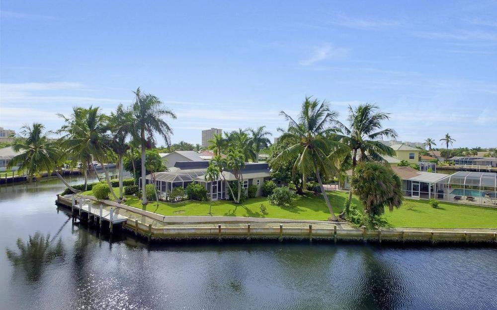 875 Robin Ct, Marco Island - Home For Sale 1011335534