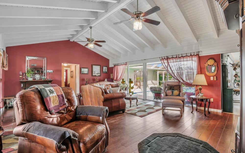 875 Robin Ct, Marco Island - Home For Sale 1873191077