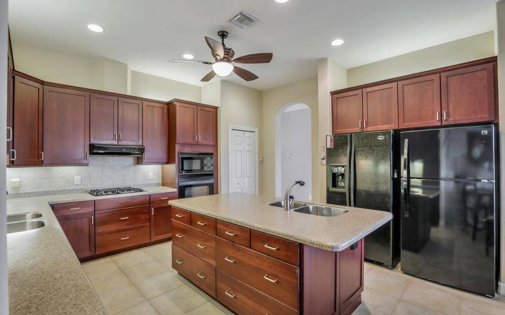 10504 Bellagio Dr, Fort Myers - Home For Sale 1692975778