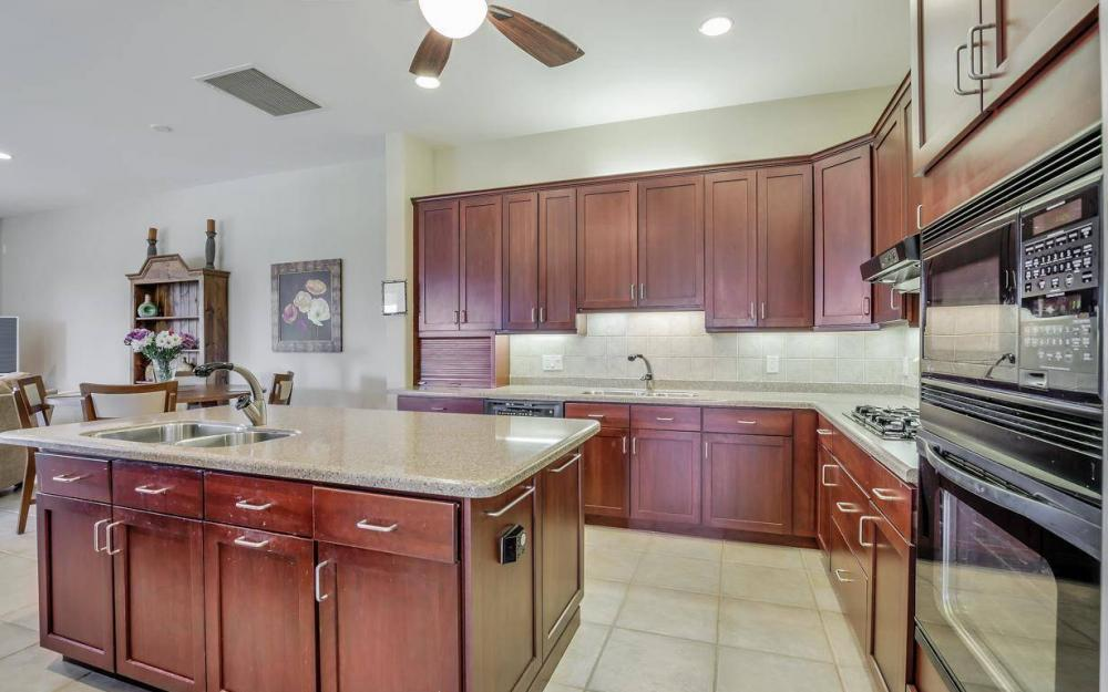 10504 Bellagio Dr, Fort Myers - Home For Sale 1701953996