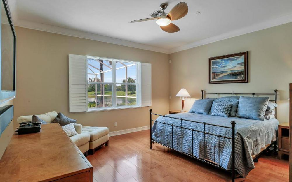 10504 Bellagio Dr, Fort Myers - Home For Sale 1084426731