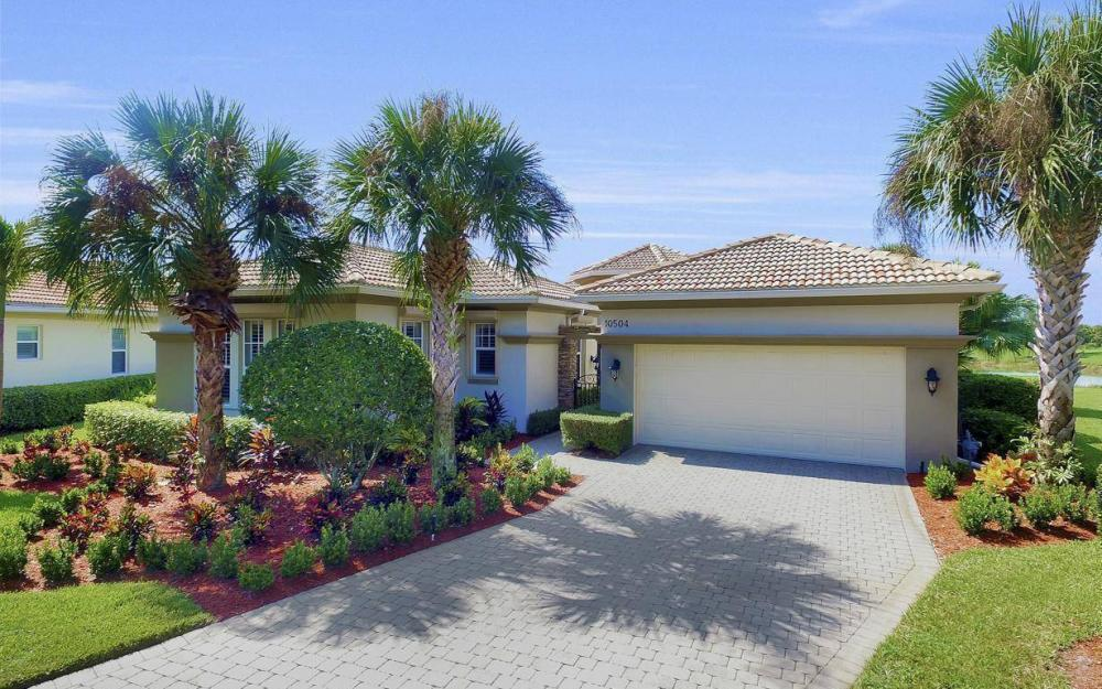 10504 Bellagio Dr, Fort Myers - Home For Sale 1715423901