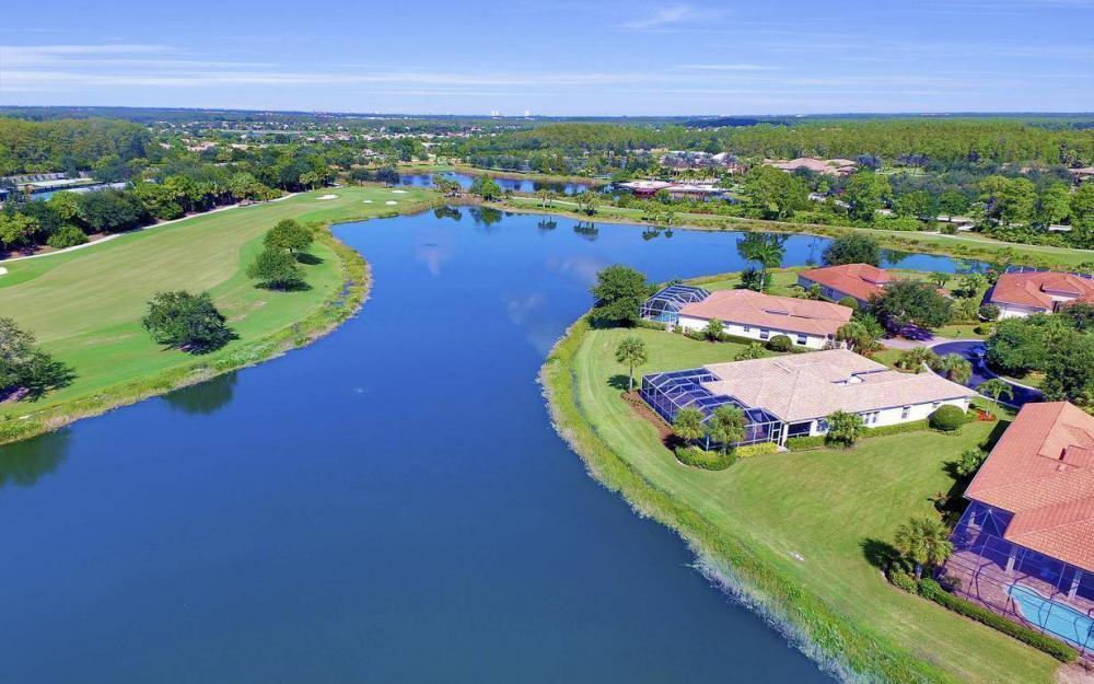 10504 Bellagio Dr, Fort Myers - Home For Sale 407771344