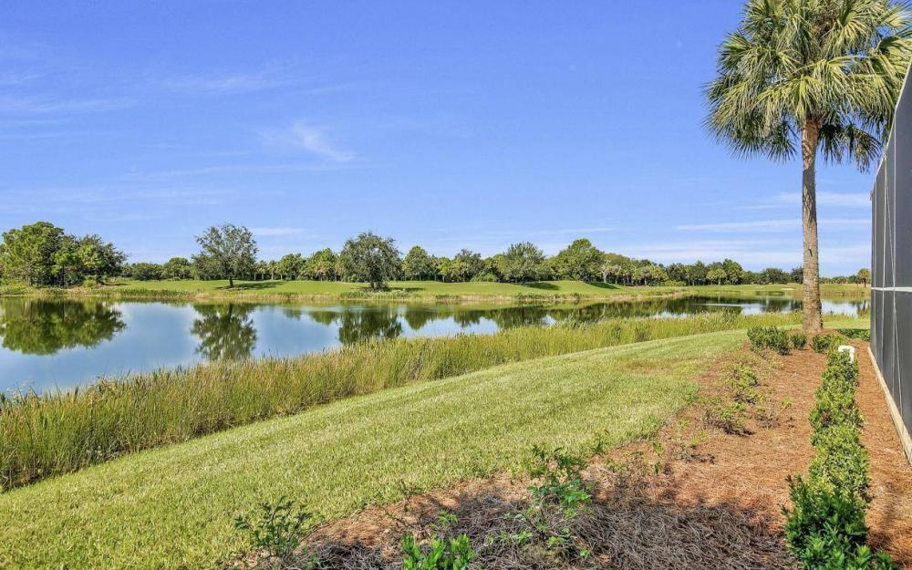 10504 Bellagio Dr, Fort Myers - Home For Sale 2102683924