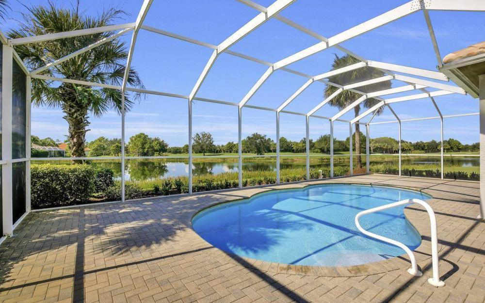 10504 Bellagio Dr, Fort Myers - Home For Sale 1384800245