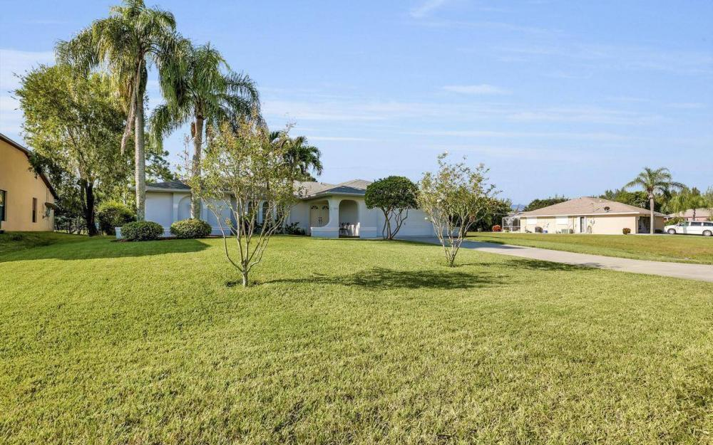 1310 SW 18th St, Cape Coral - Home For Sale 1287369532