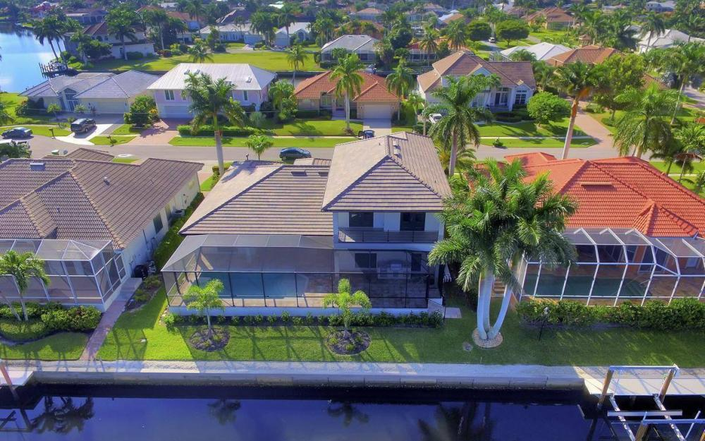 920 Moon Ct, Marco Island - Home For Sale 1049195241